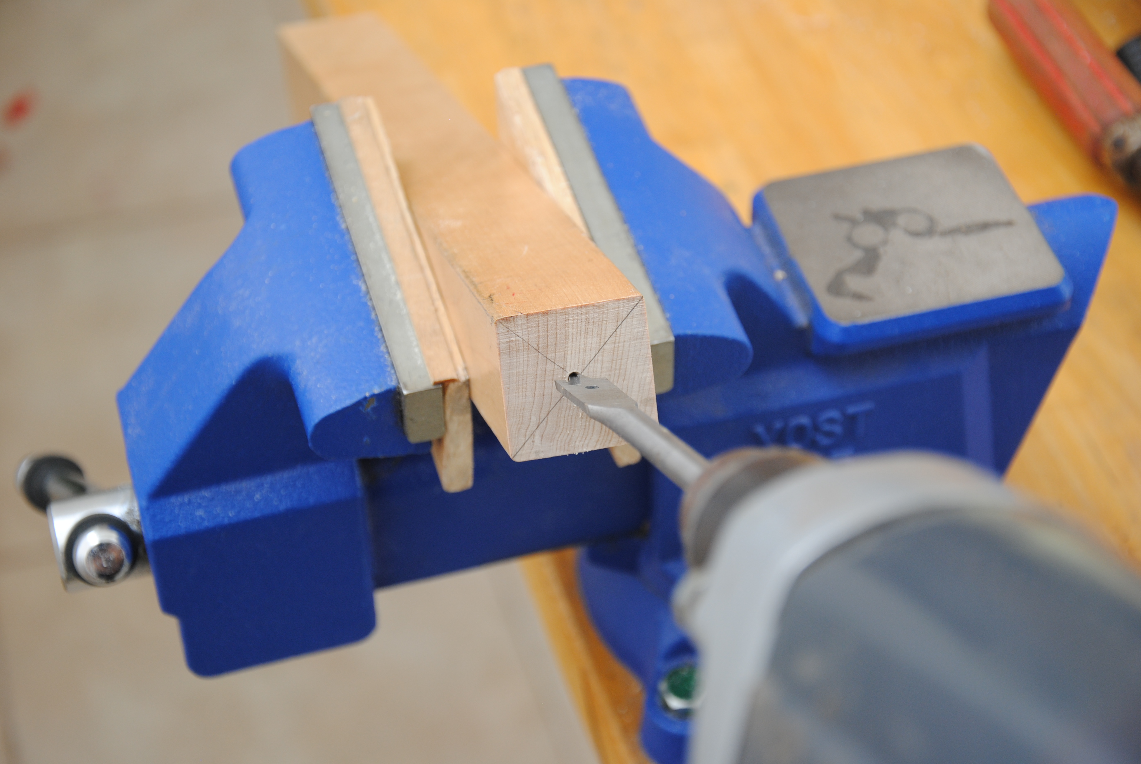 Picture of Hand Carving a Handle for the Threaded Rod, Sooooo Relaxing!