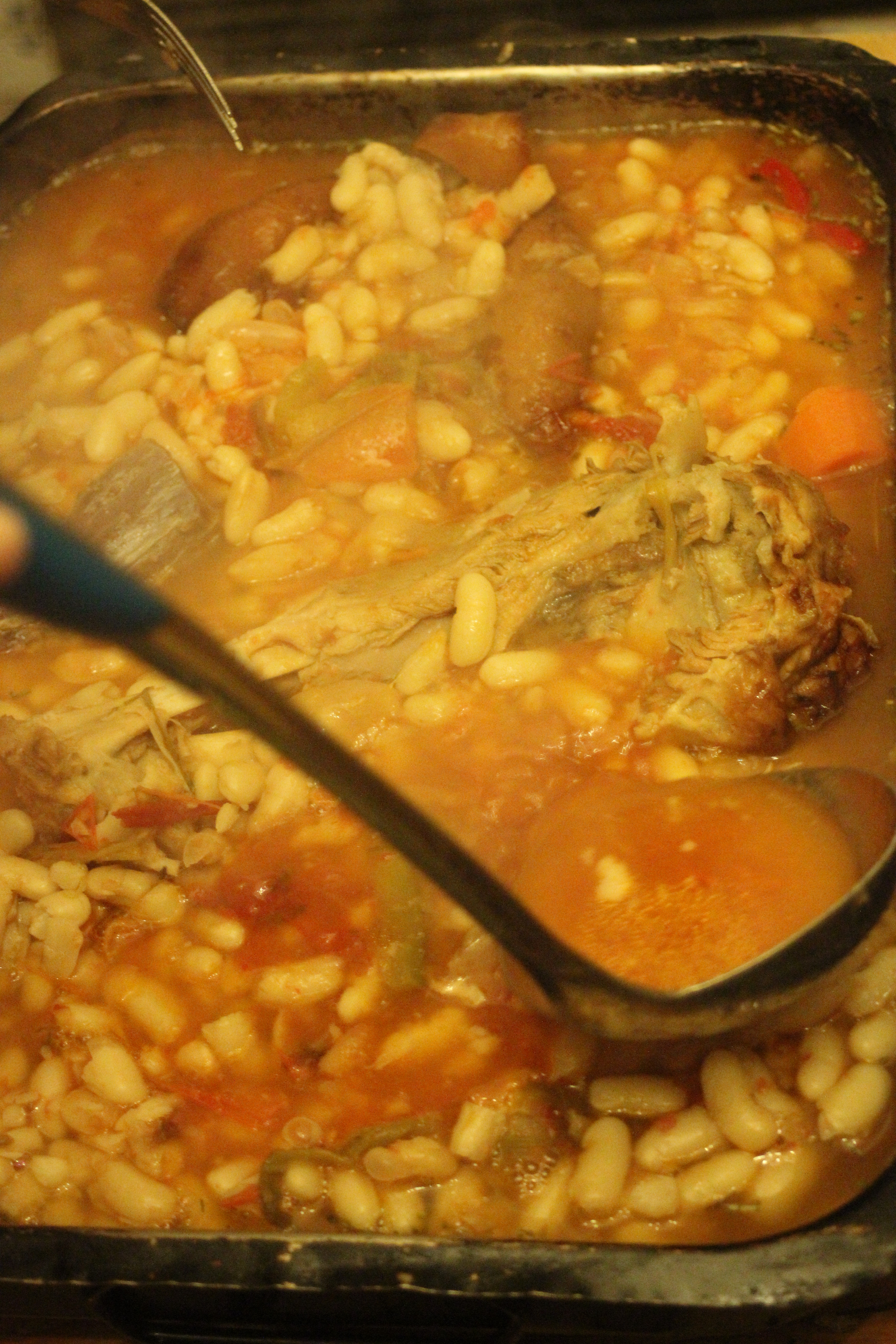 Picture of Method and Slow Cooking With a Fuelless Cooker or Hay Box