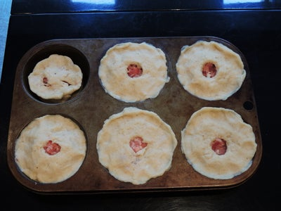 Forming the Pies in the Mould