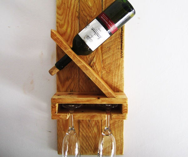 Wine Rack For A Bottle And 2 Cups Out Of Pallet: 10 Steps