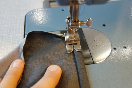 Component Pouch: Finish Top Edge