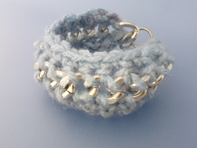 Picture of Basic Crochet Yarn and Chain Bracelet Tutorial