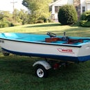 Restoring a Classic Boston Whaler/Learning Adventure