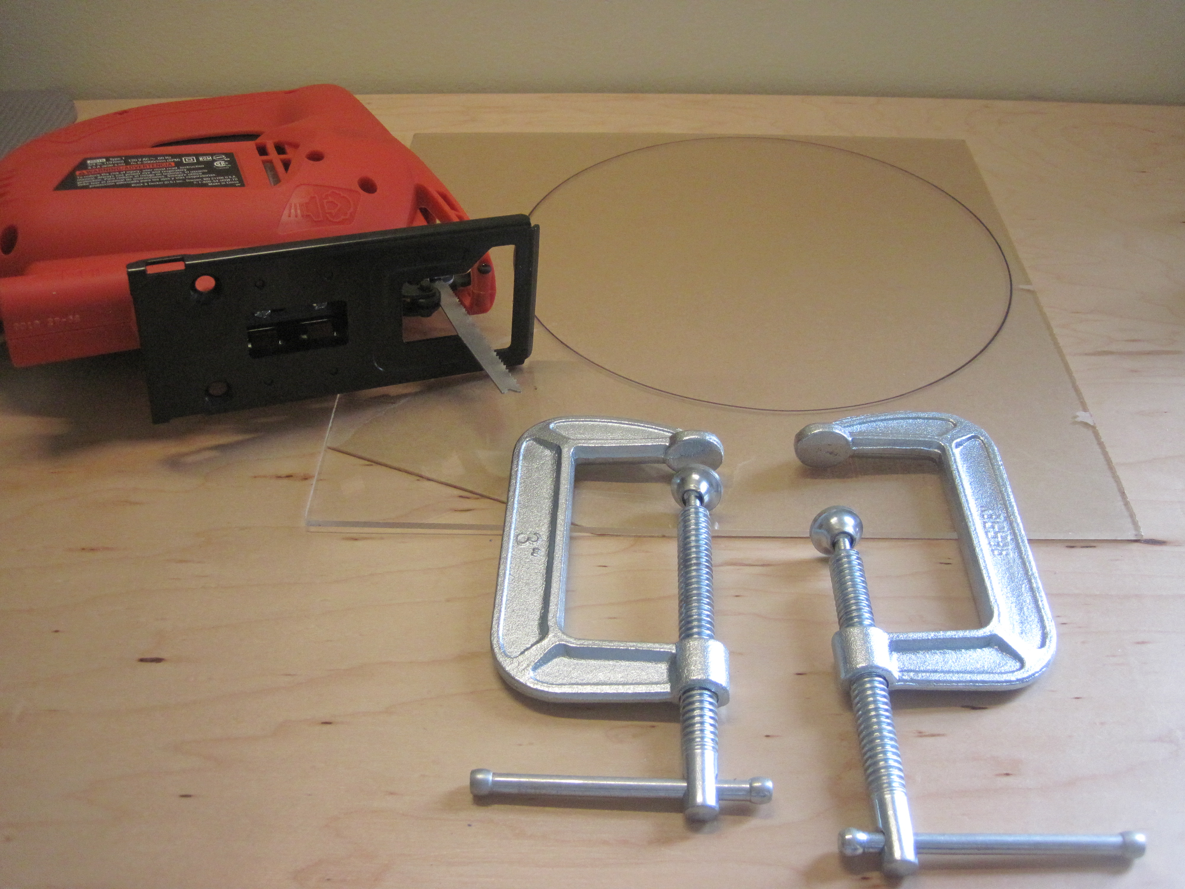 Picture of Cutting the Acrylic - Jigsaw