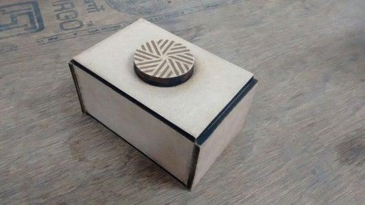 Spin-head Trick Box