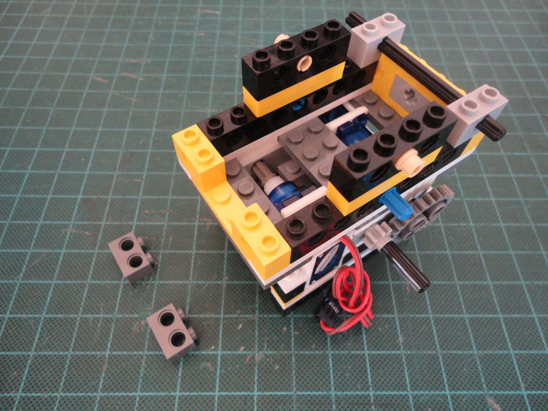 Picture of Batteries Compartment & Palm Arduino Plus