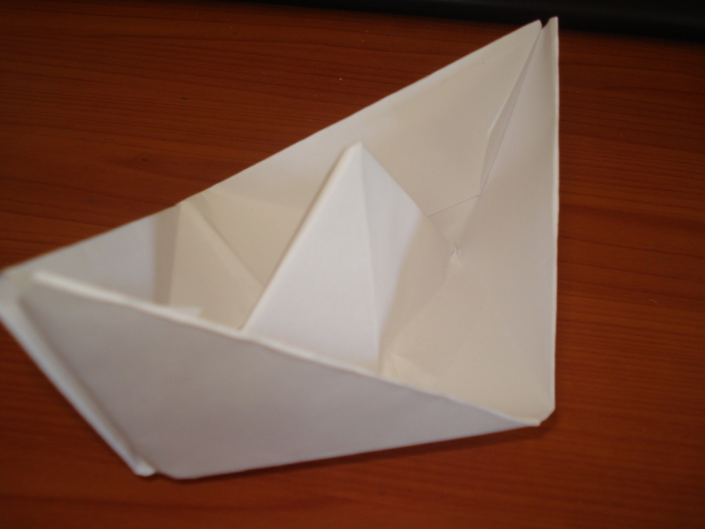 Picture of Easy Paper Boat(video)