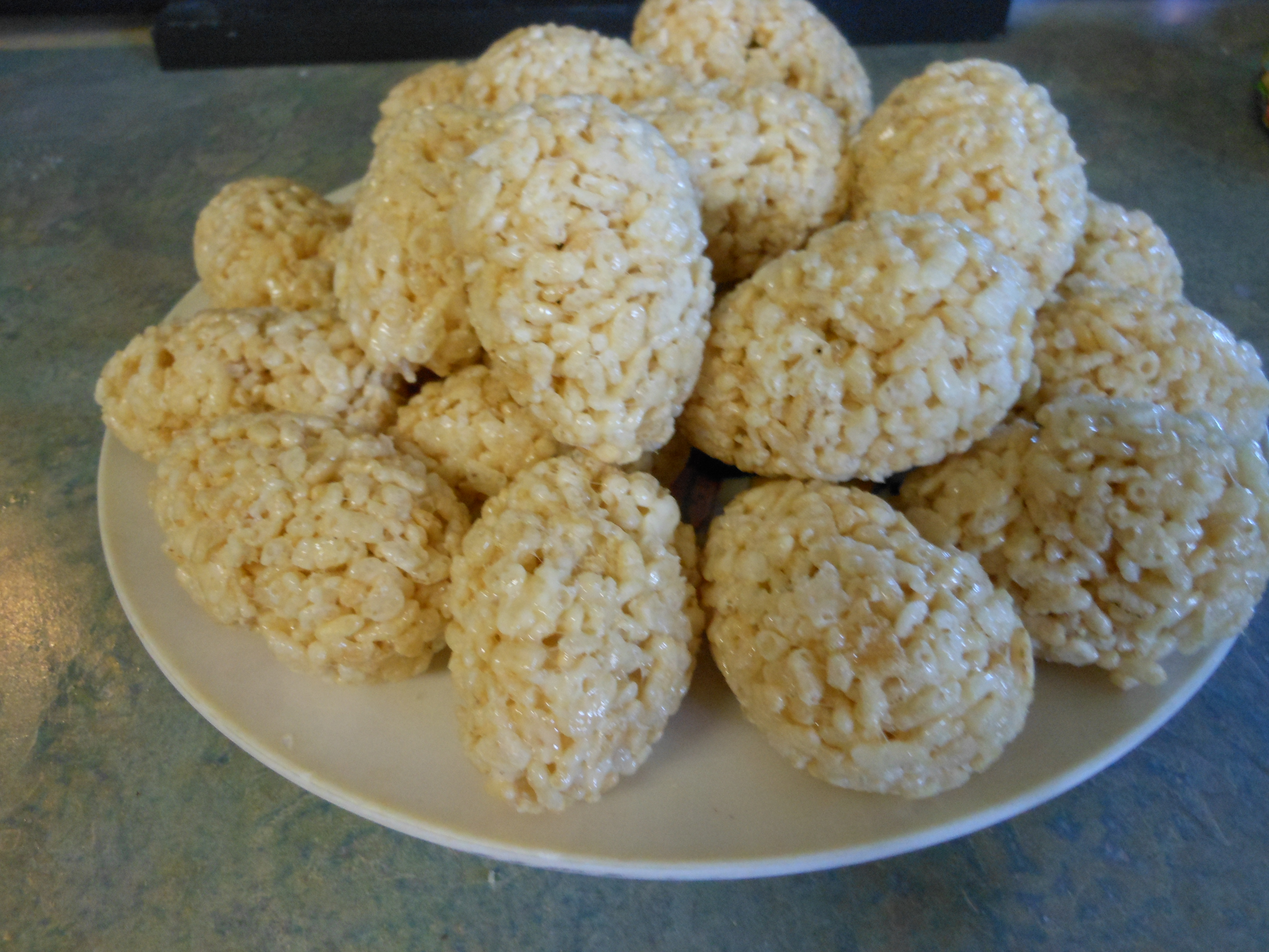 Picture of Hollow Crispy Rice Eggs