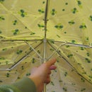How to turn a broken umbrella into a eco-friendly reusuable bag