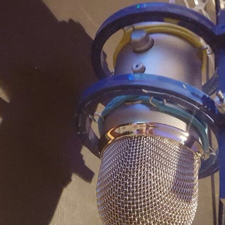 Mic Shock Mount and Pop Filter Using Quilting Hoops