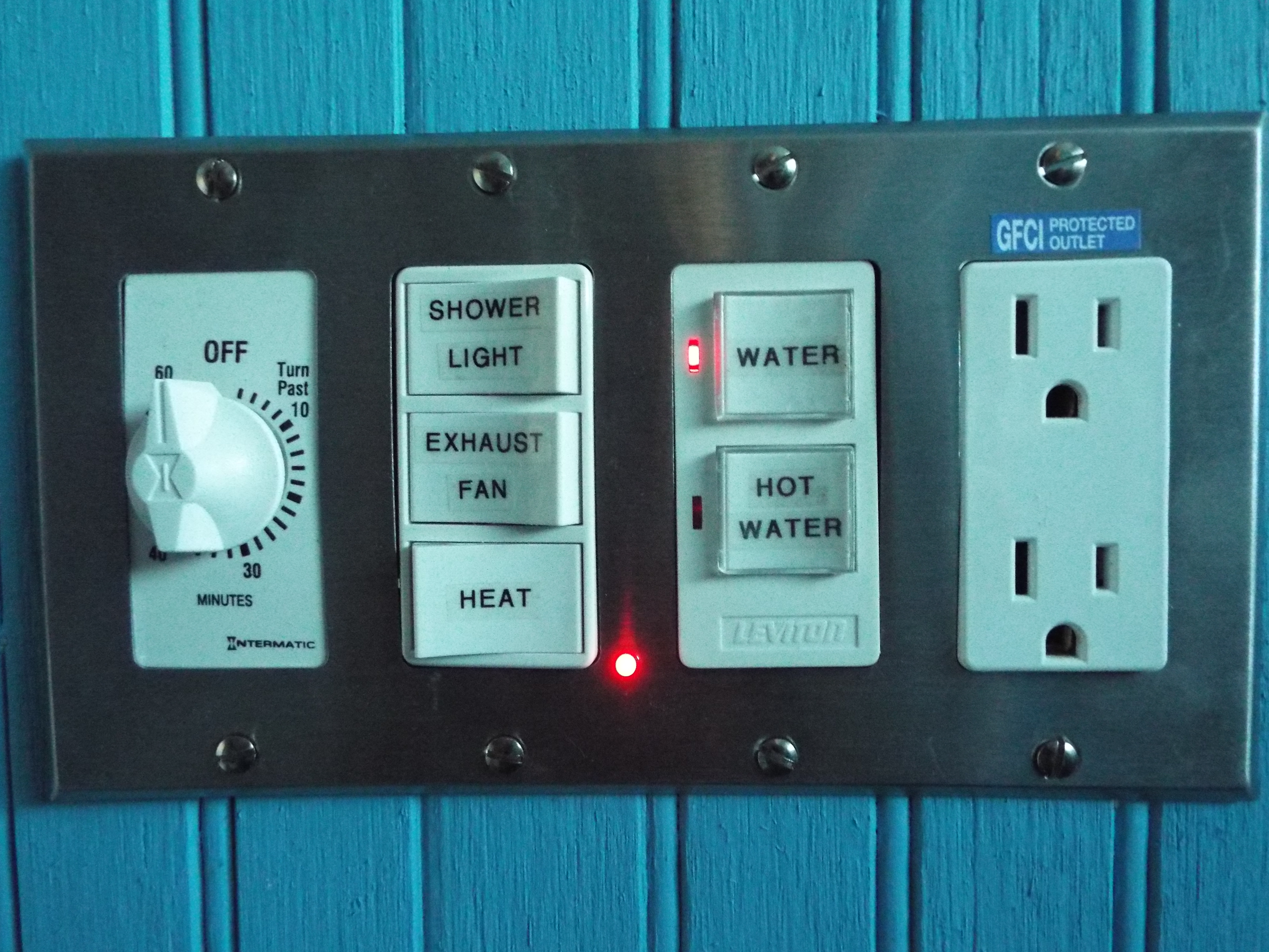 Picture of Wall Power Switch W/ LED Indicator