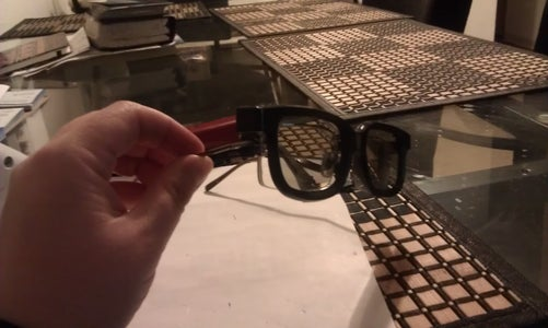 Clip on 3D Glasses, Green Solution for Nearsighted 3D Movie Enthuseists