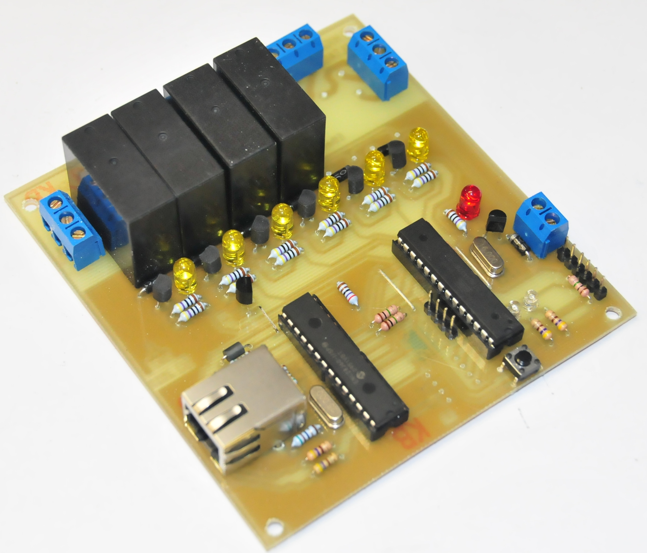 Picture of A Remotely Programable Relay Controller (Christmas Lights or Home Automation Controller)