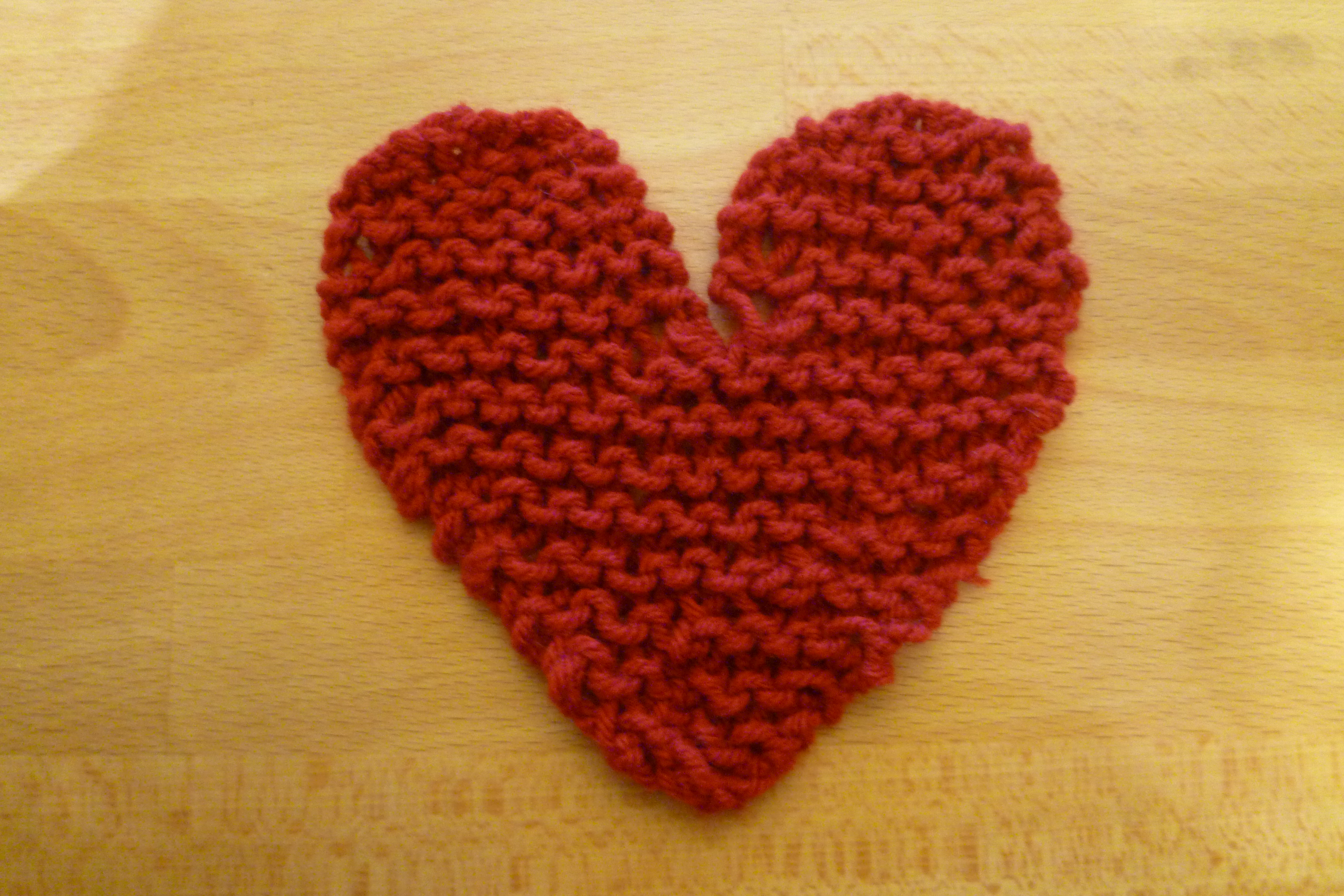 Picture of How to Knit a Heart