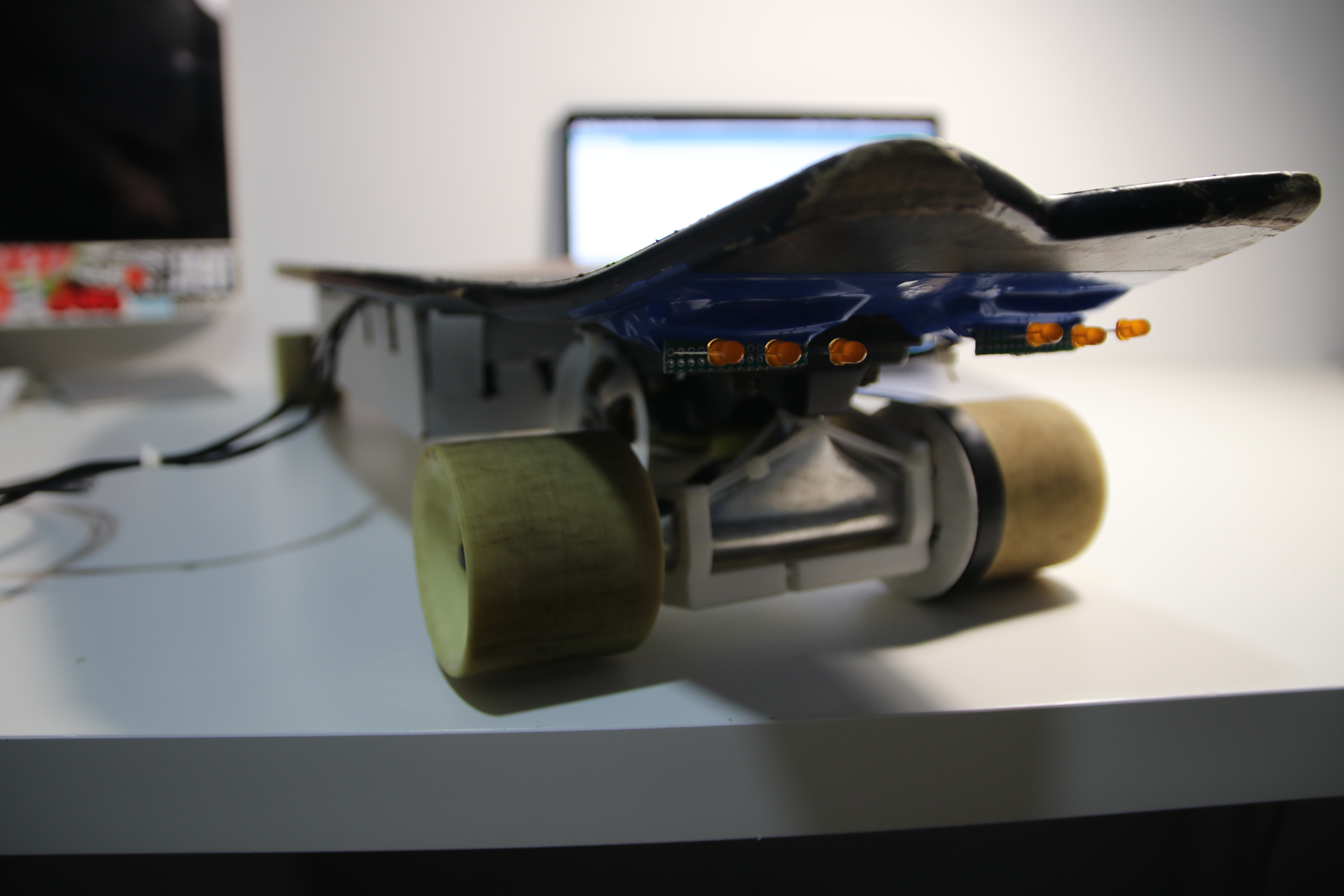 Picture of DIY ARDUINO SKATEBOARD