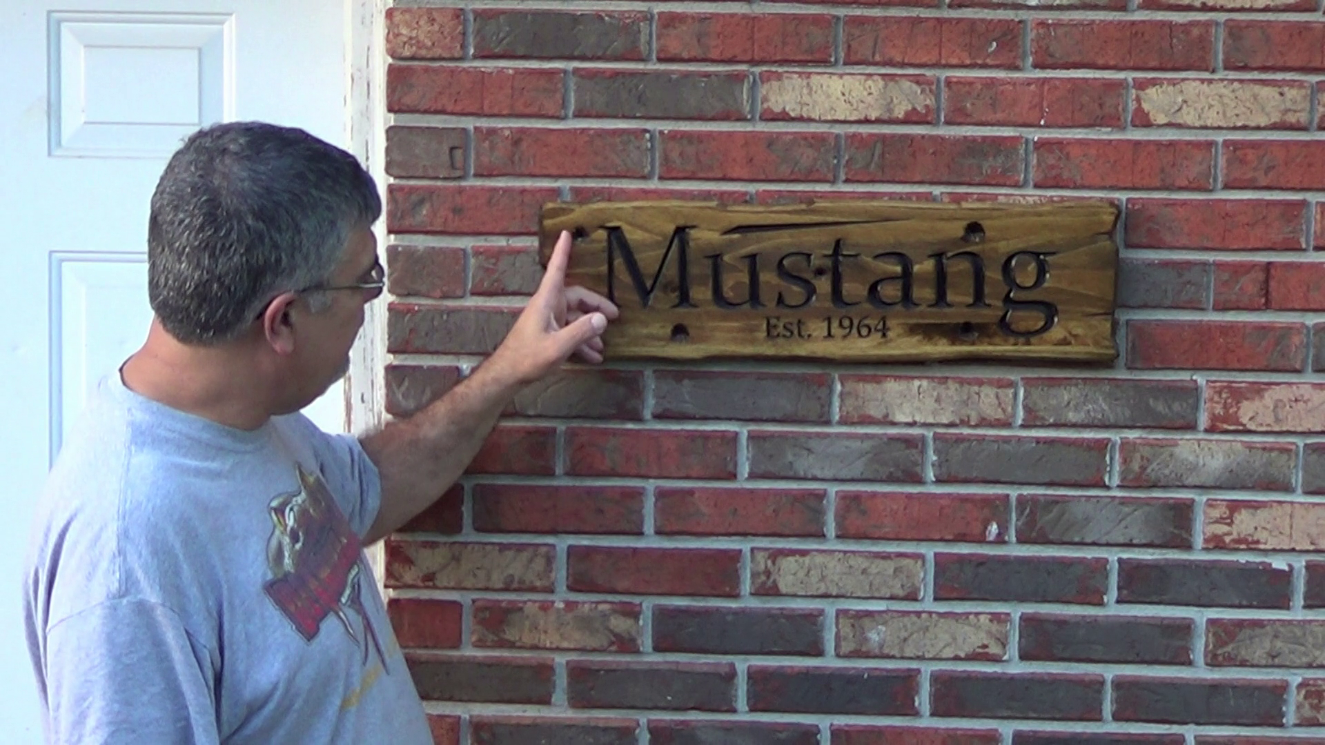 Picture of Mustang Sign on CNC