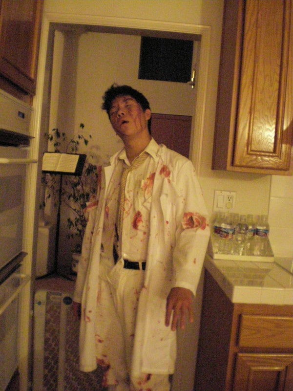 Zombie Costume in 90 Minutes