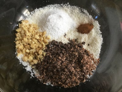 To Make the Coconut-chocolate Filling: