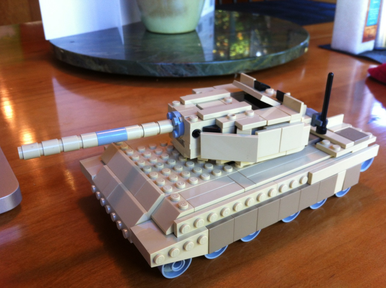 Picture of Make a LEGO Abrams Tank