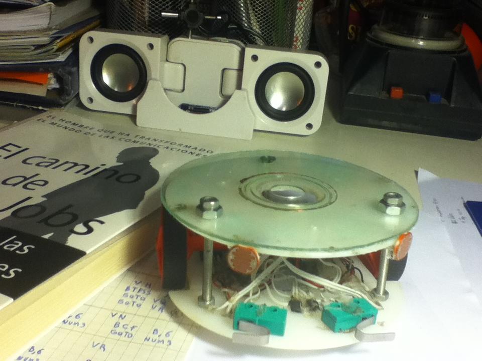 Picture of Light Seeking Robot ATLAS_15