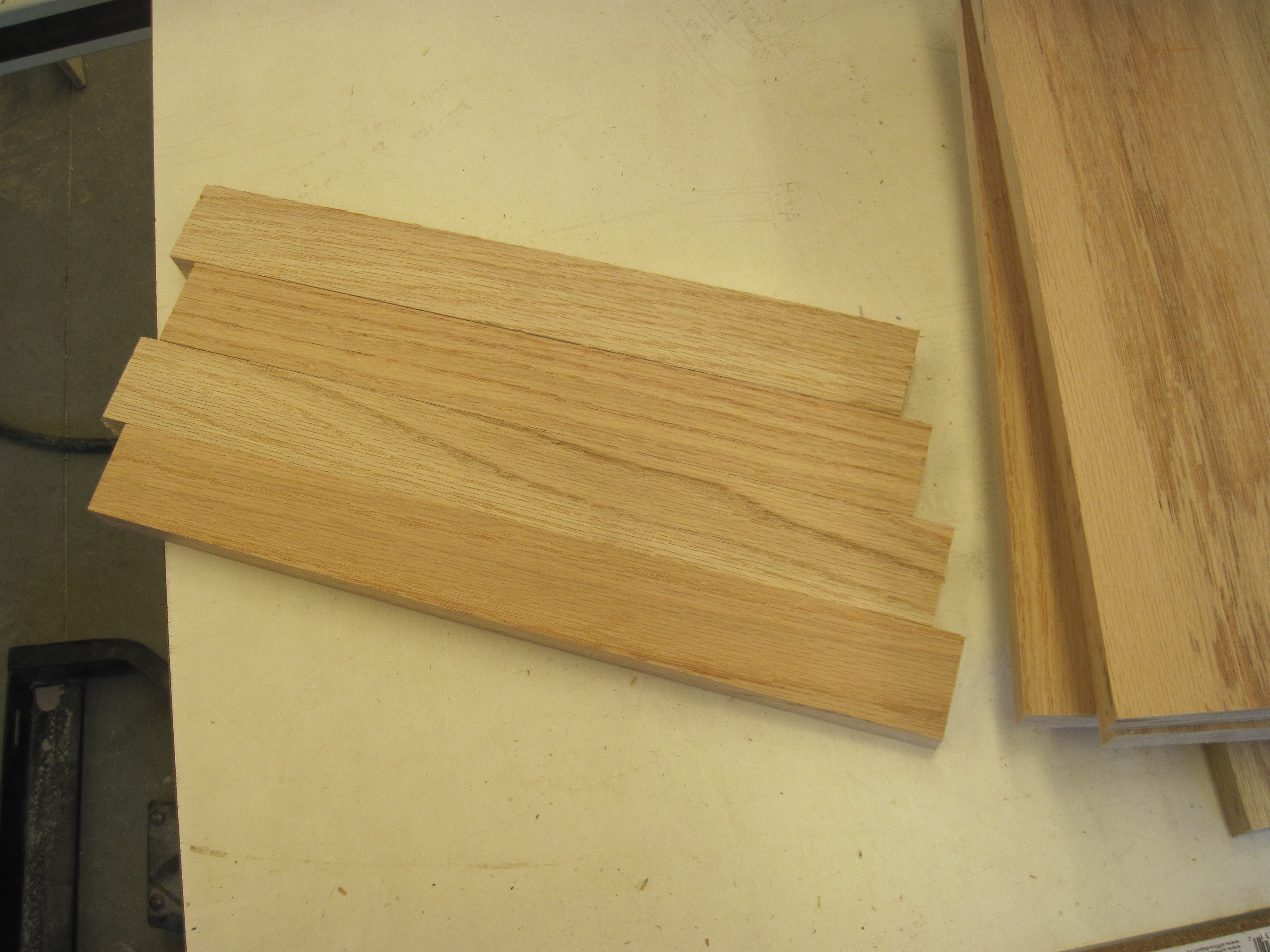 Picture of Hardwood Cutting Board