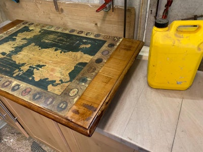 Game of Thrones Distressed Map Coffee Table