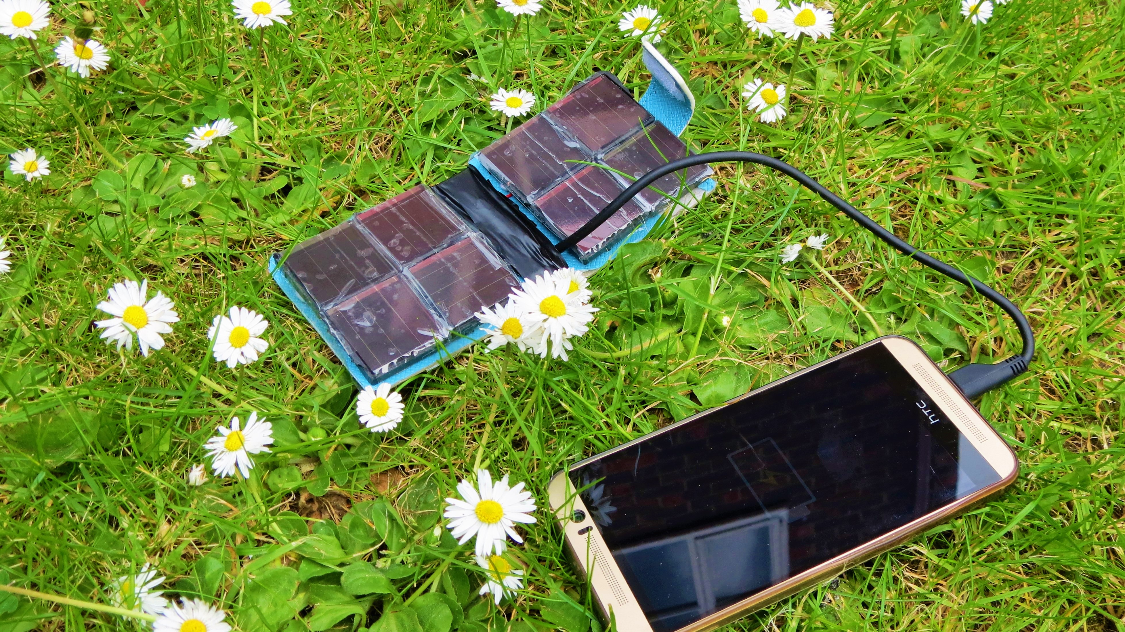 Picture of SOLAR PHONE CHARGER WALLET