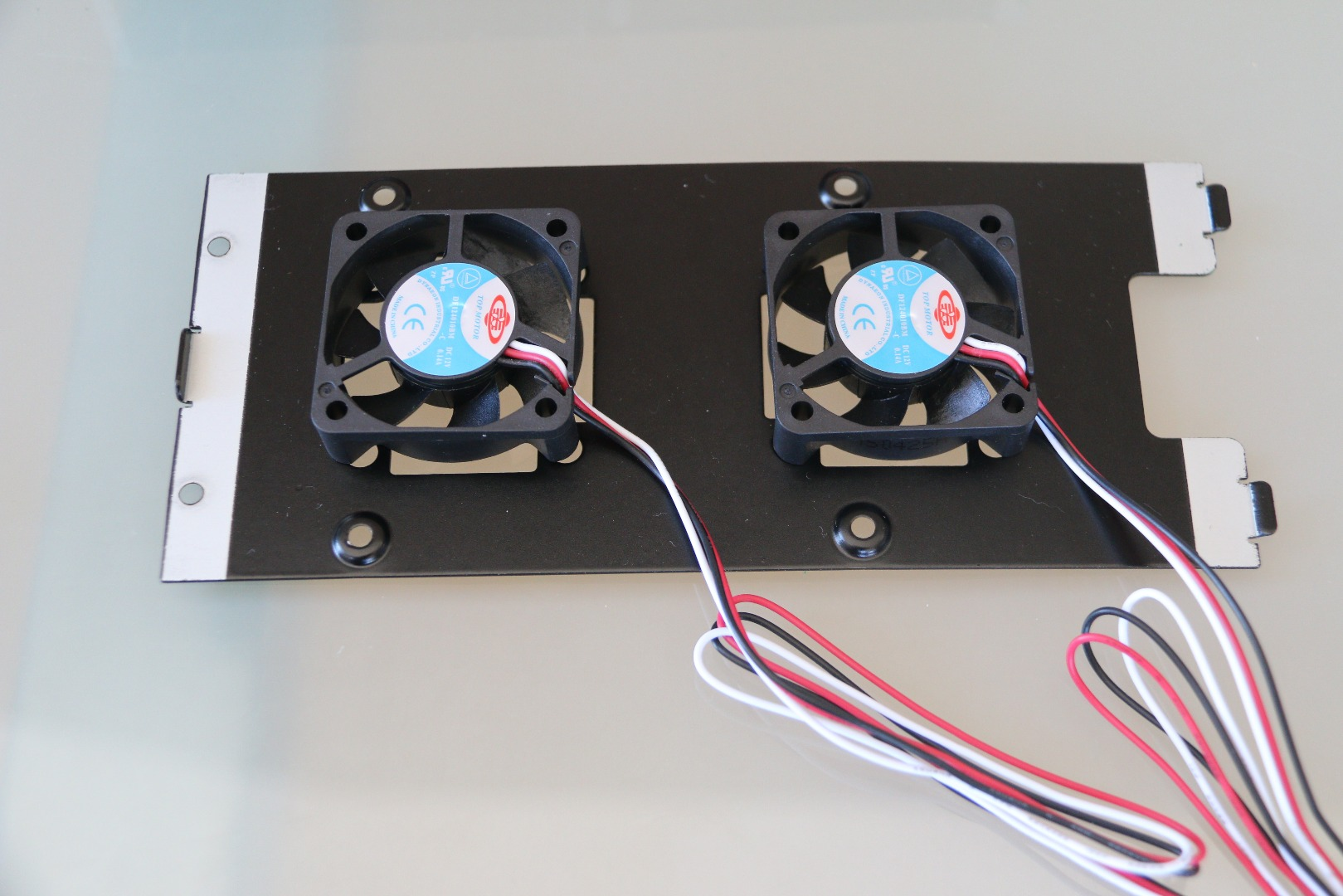 Picture of Install the Intake Fans in the Second Bracket