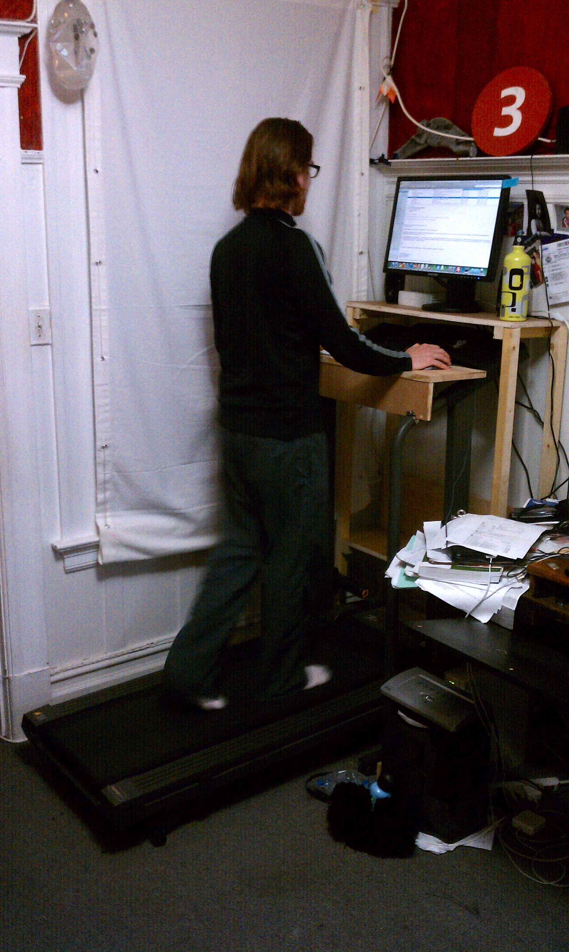 Picture of Freestanding Collapsible Treadmill Desk