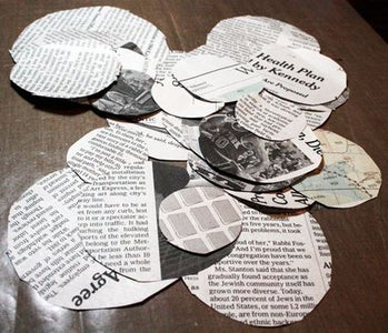 Quick and Pretty Newspaper Flowers