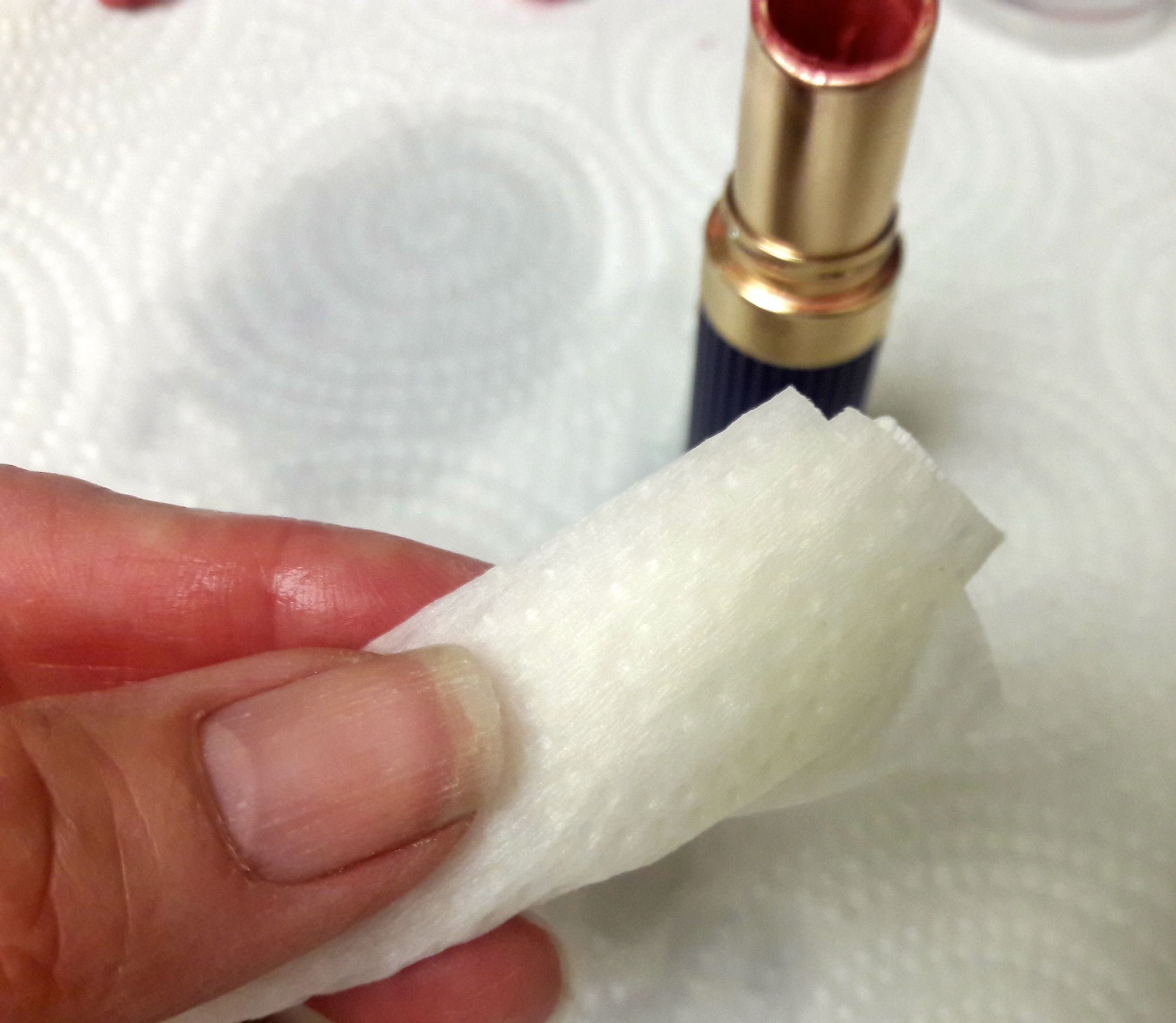 Picture of Cleaning Out Your Lipstick Tube