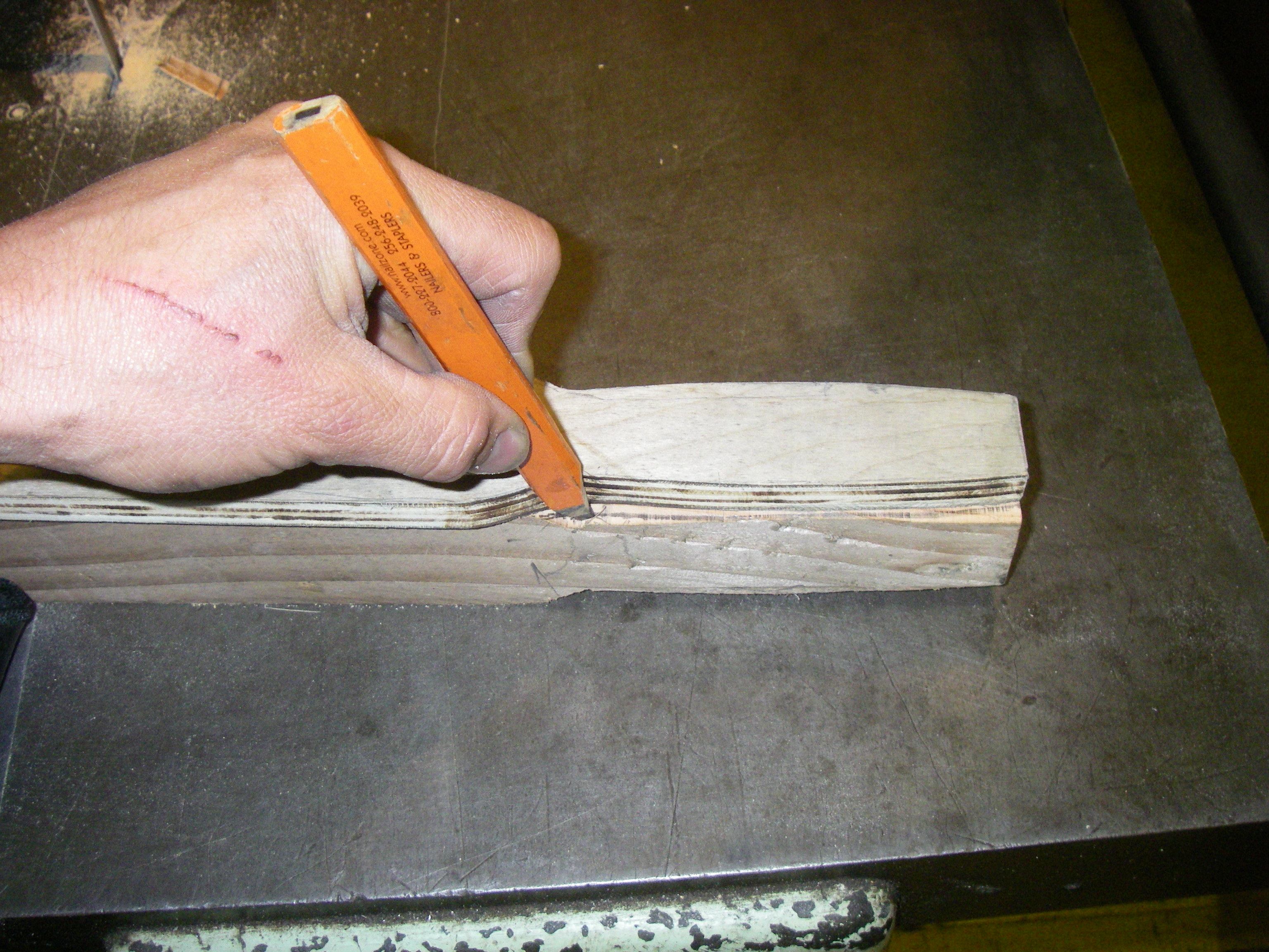 Picture of Rotate and Cut Out the Handles