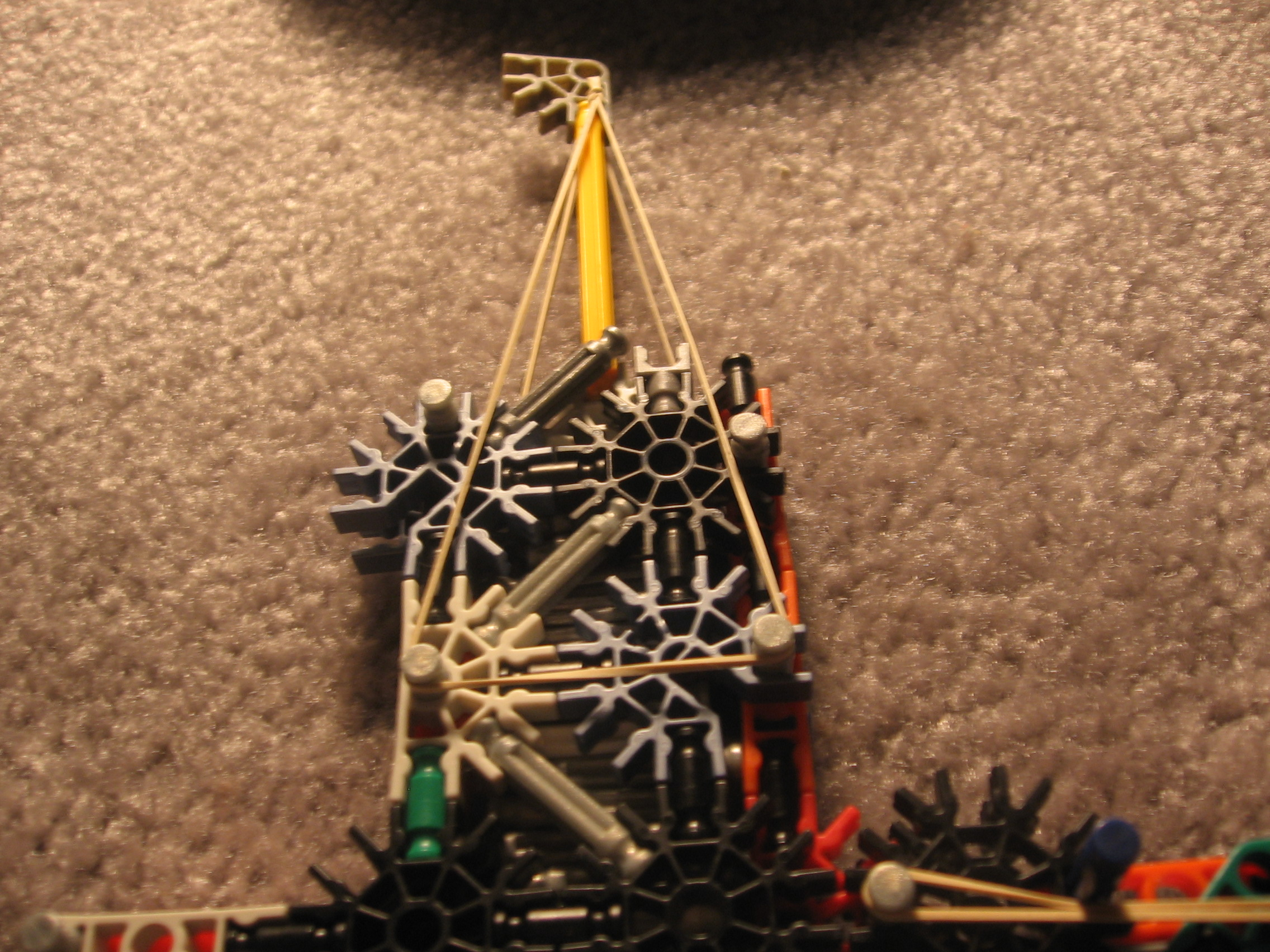 Picture of First K'nex Gun(with Hopper)