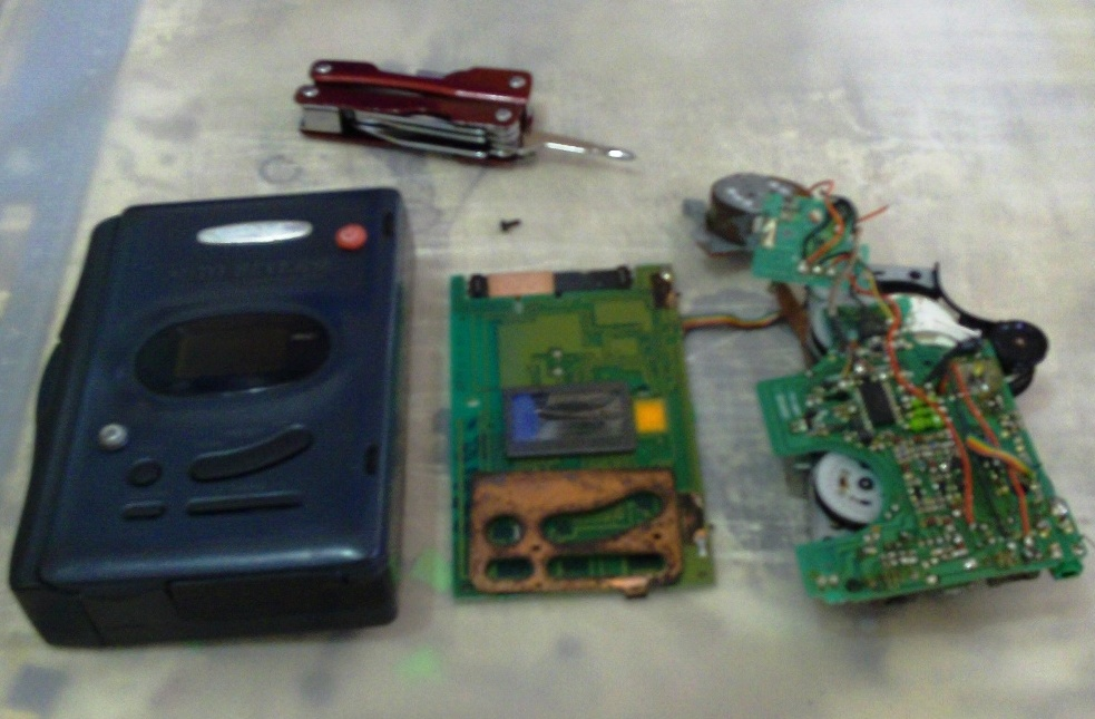 Picture of Dismantle the Cassette Player