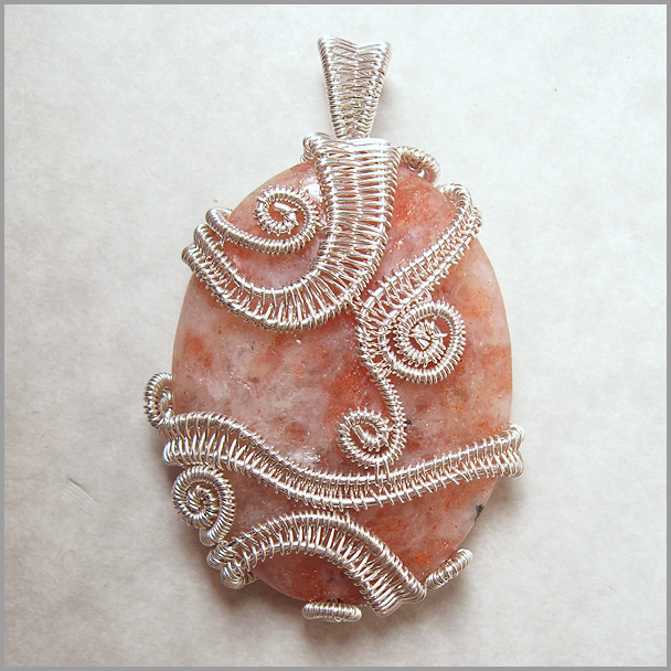 Picture of Dance Around the Sun Wirework Pendant Tutorial