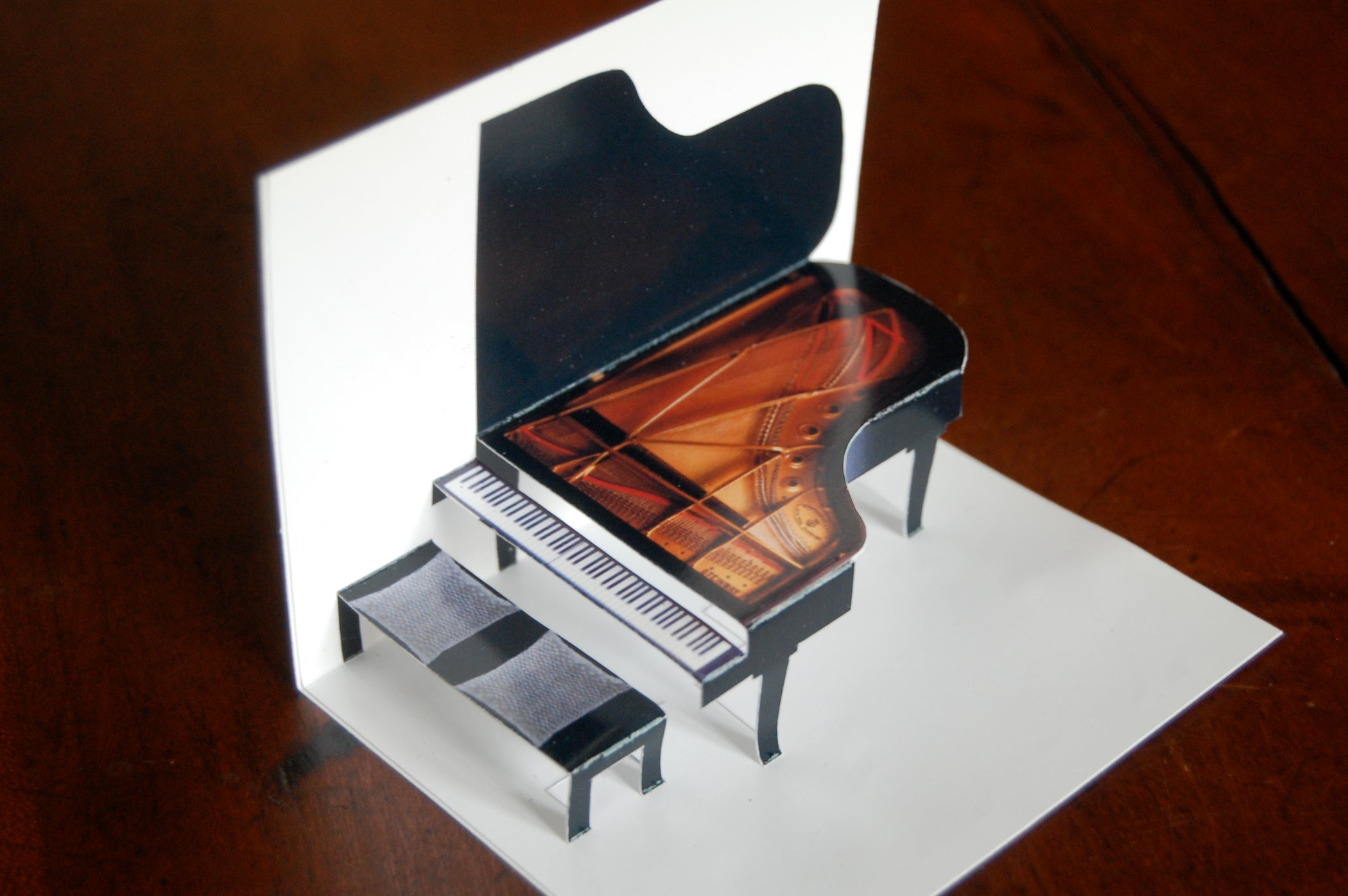 make a grand piano in minutes with pictures