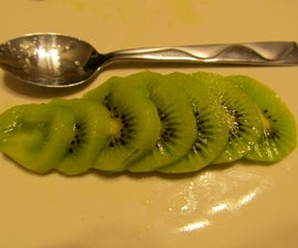 How to Peel a Kiwi using a Spoon