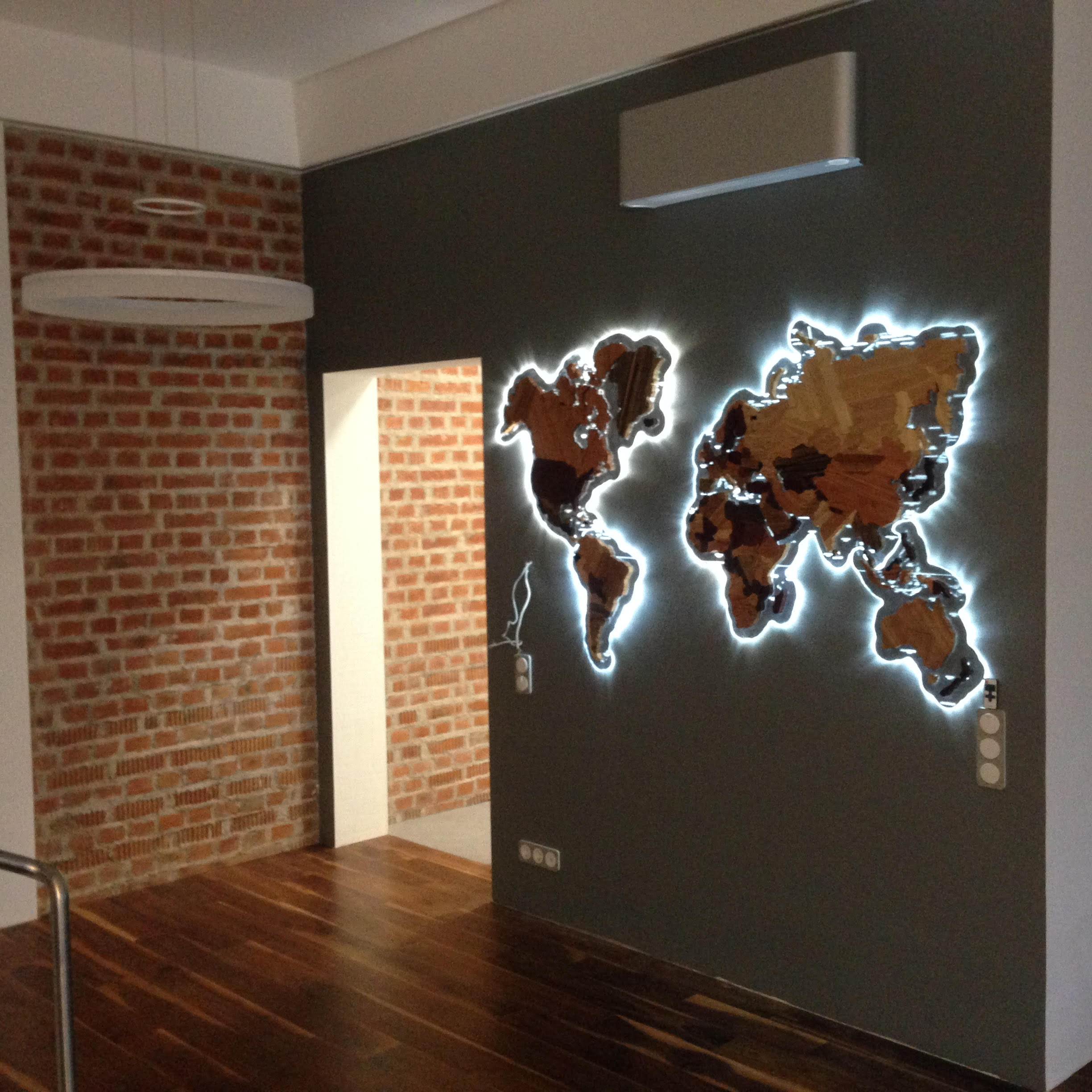 Wooden world map 11 steps with pictures picture of wooden world map gumiabroncs Gallery