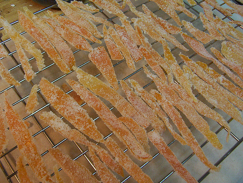 Picture of Sugaring and Drying the Peels
