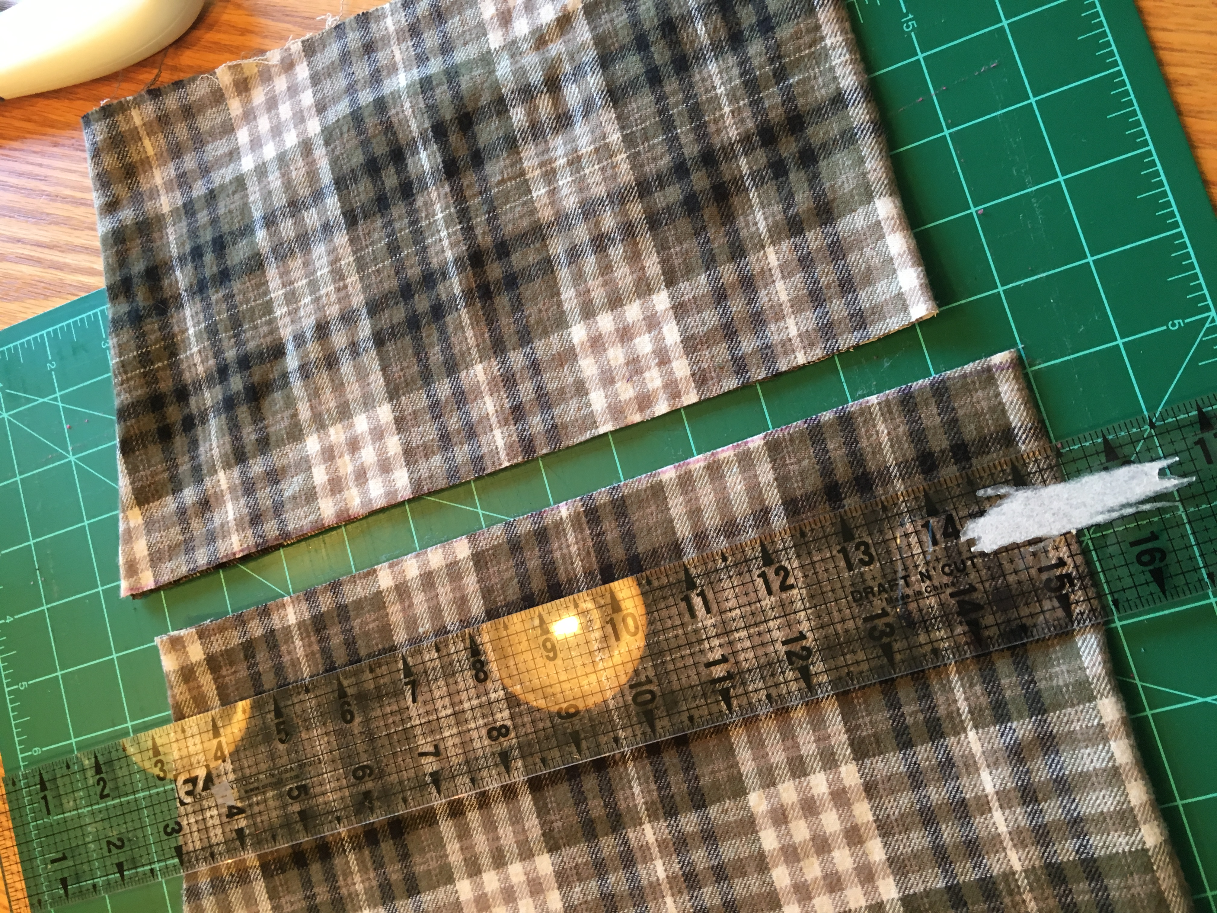 Picture of Adjusting the Hem Length and Sewing