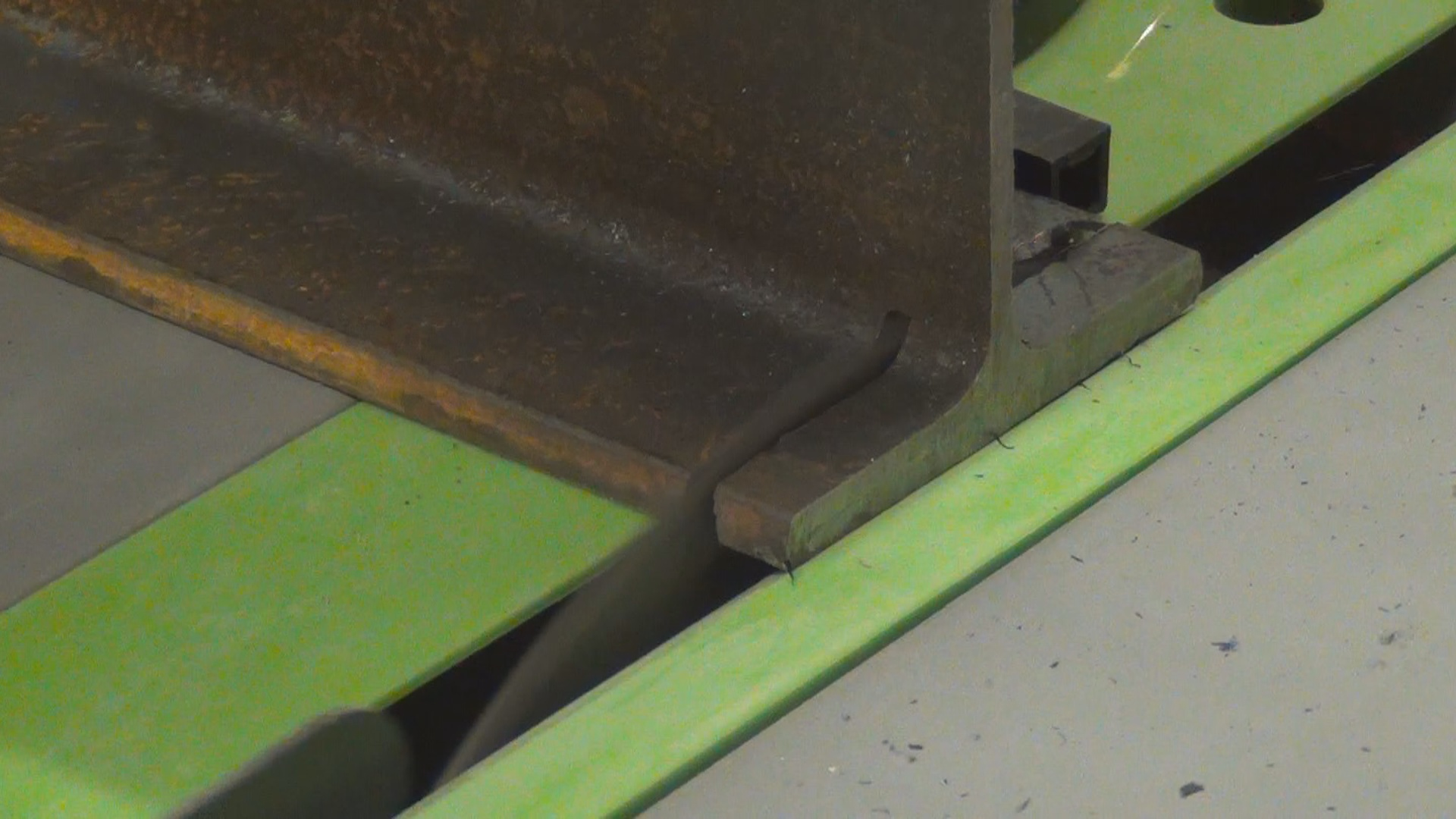 Picture of Cut to Width