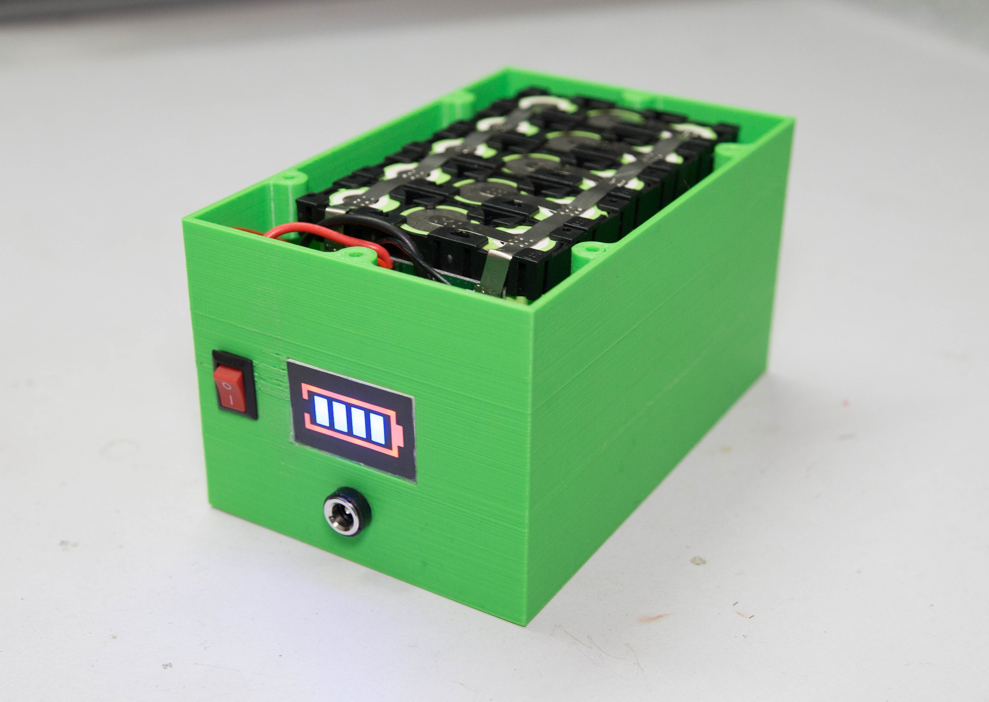 Picture of DIY Professional 18650 Battery Pack