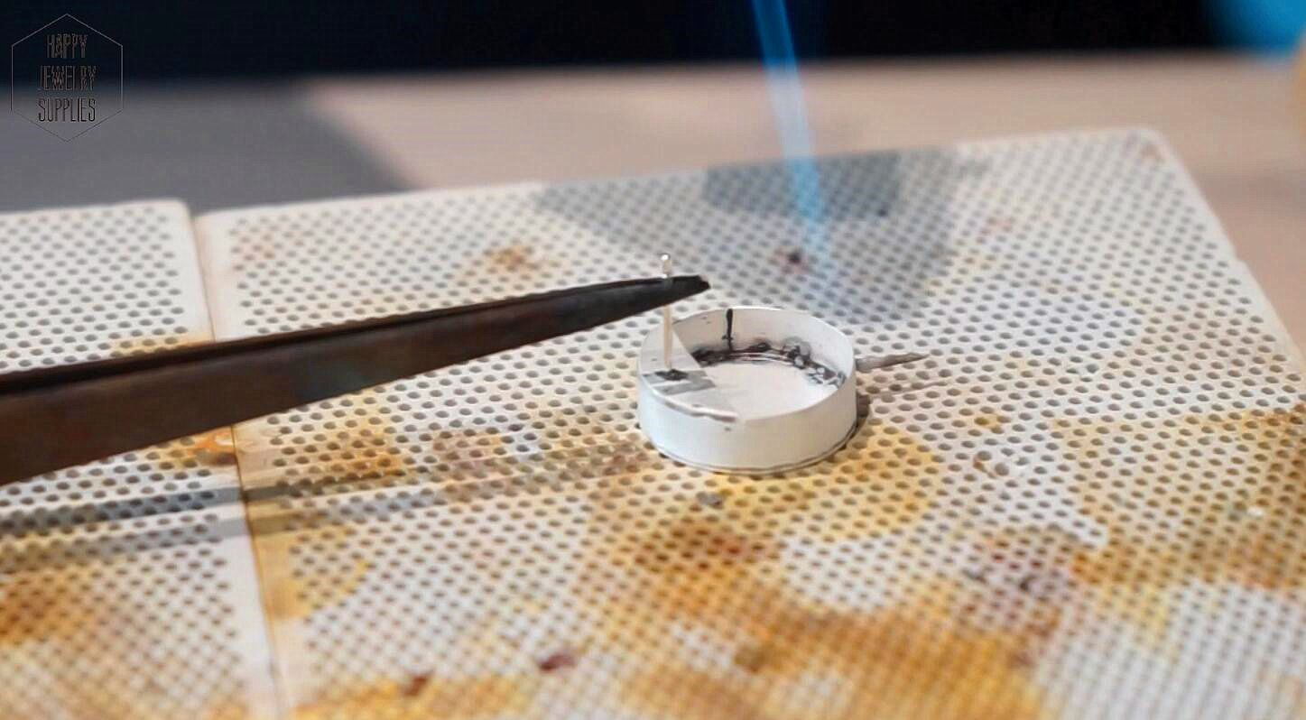 Picture of Ear-studs Welding and Needle Making