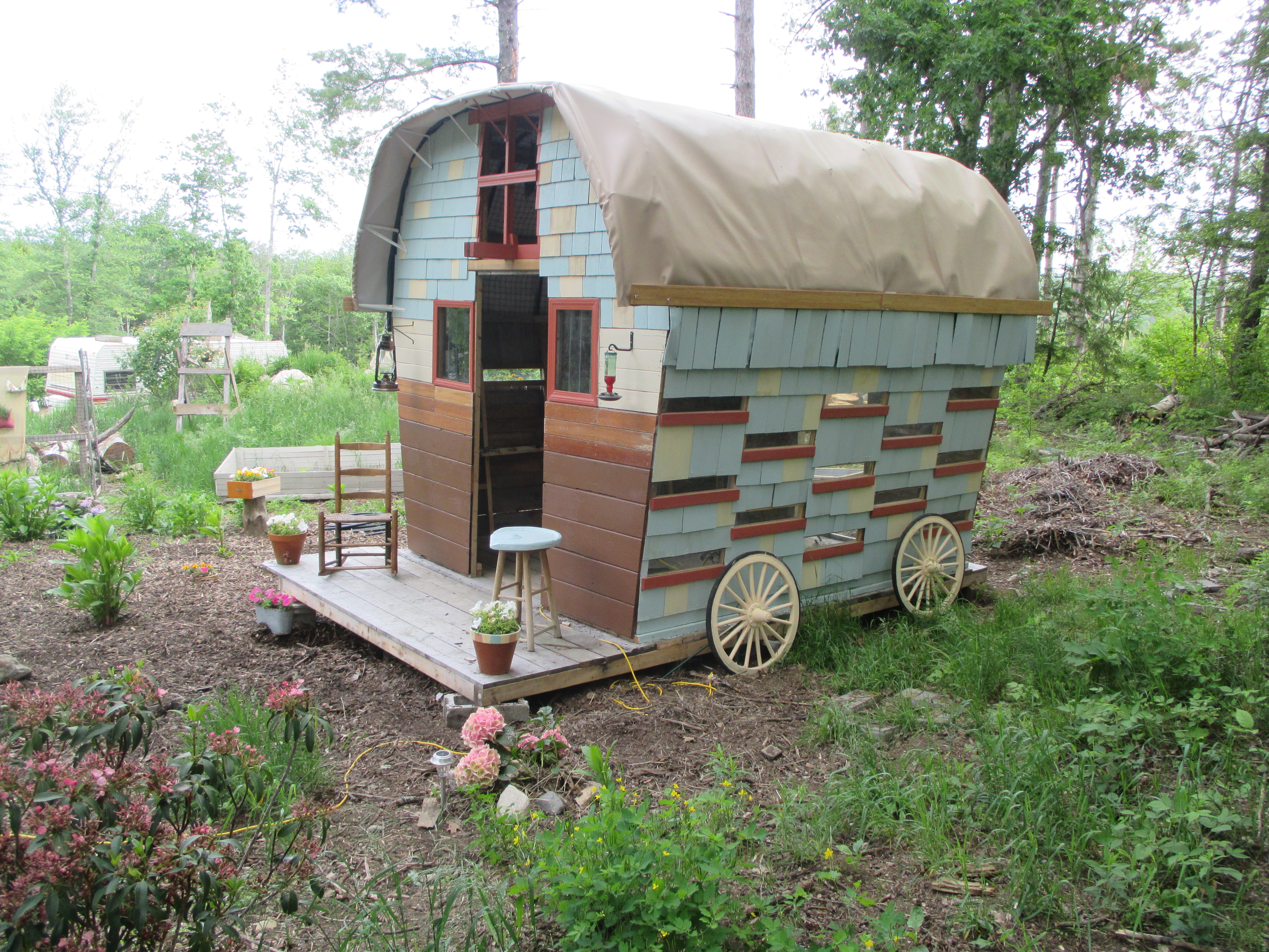 Picture of Gypsy Wagon Built From Salvaged Materials