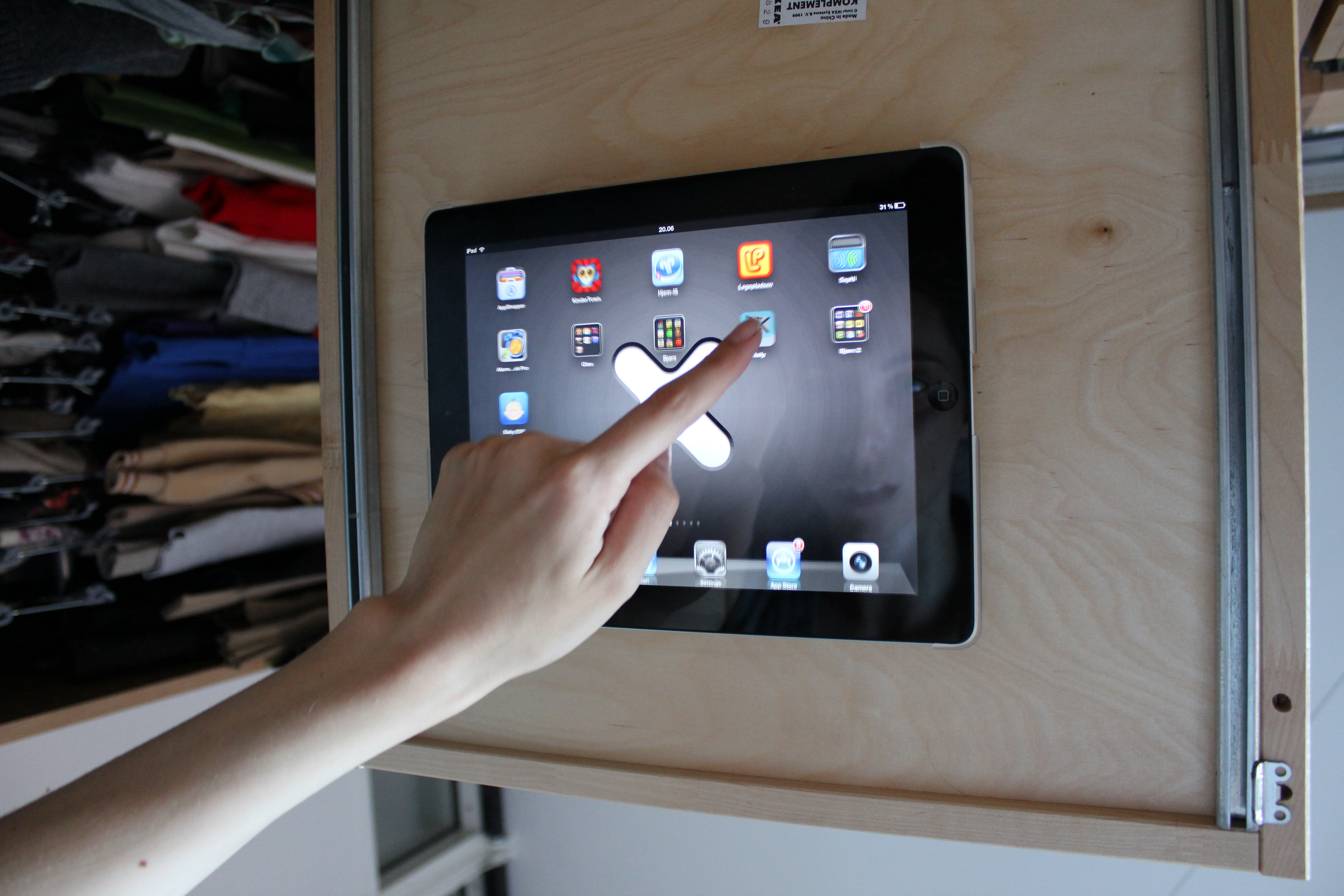 Picture of Stay in Bed All Day IPad/IKEA/Wallee Setup