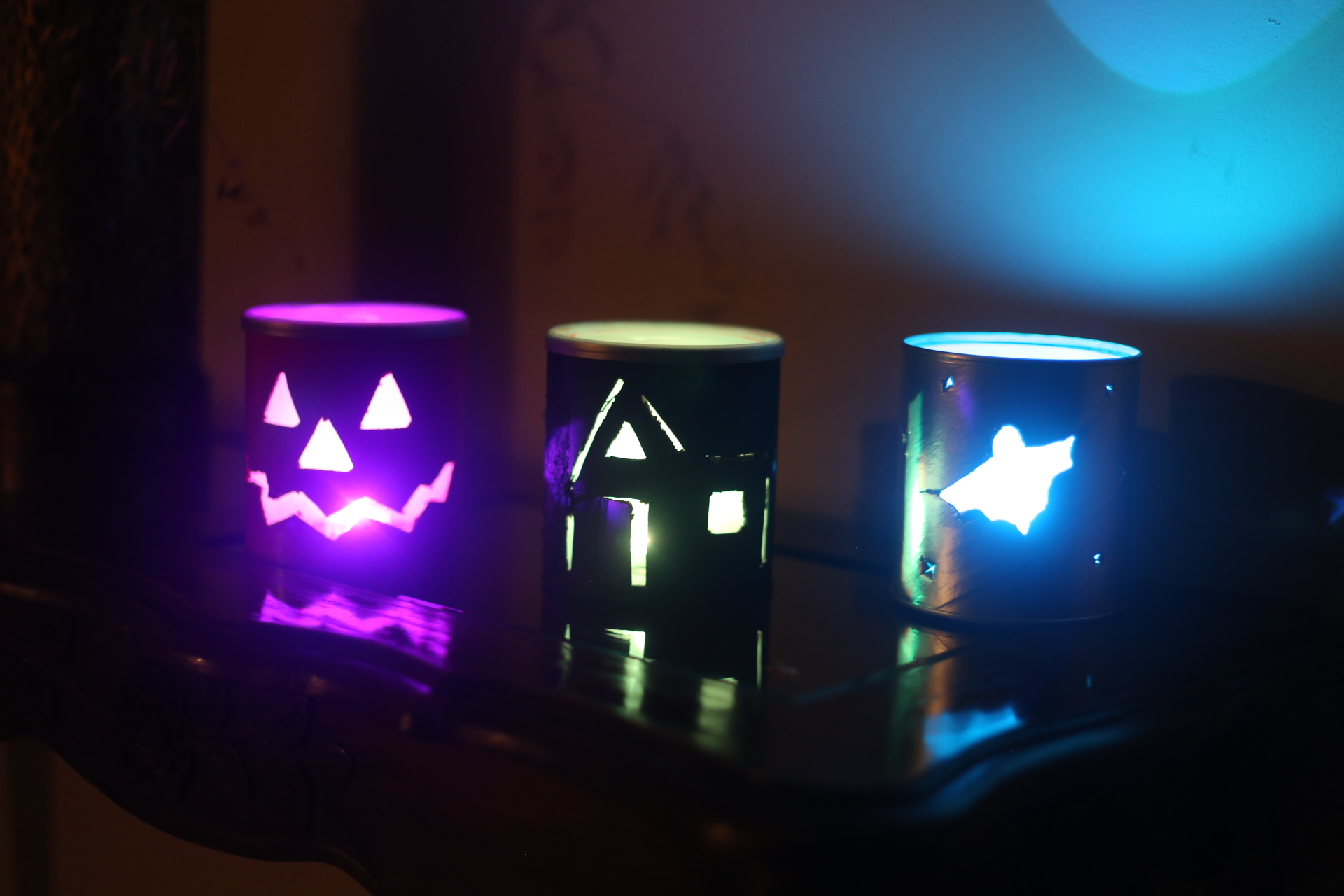 Picture of Halloween Lamps