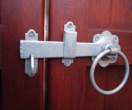 How to Fit a Gate Ring Latch - a Video Guide