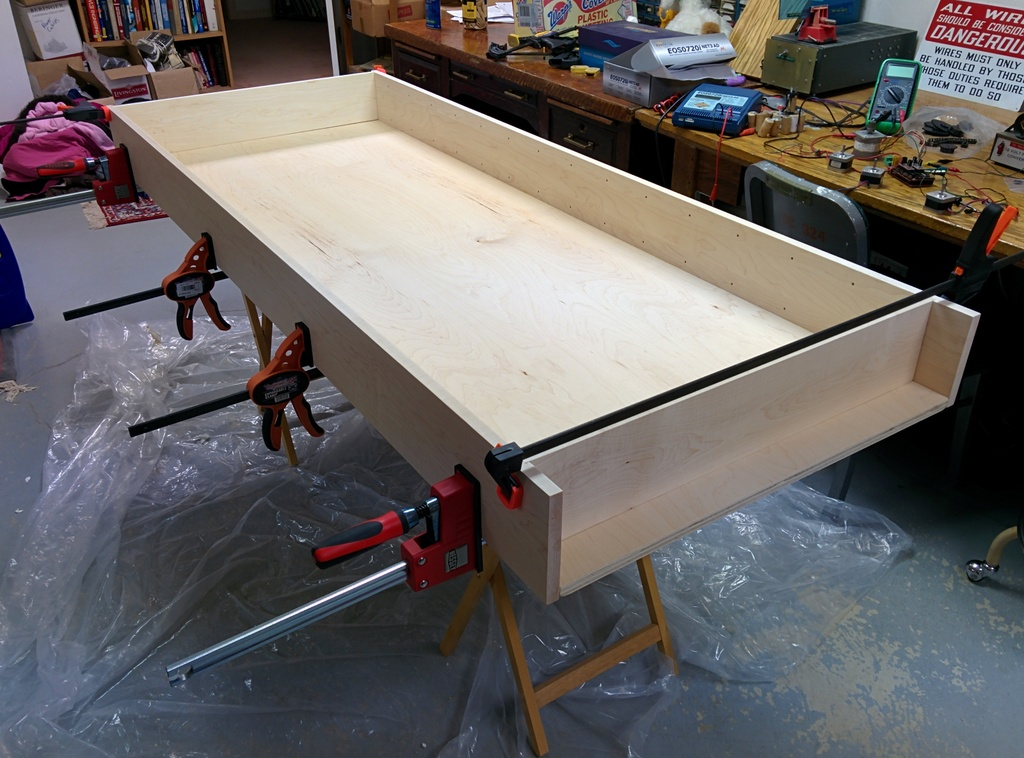 Picture of Gluing and Clamping