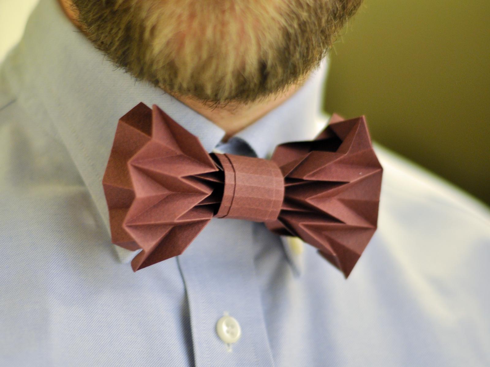 Picture of Origami Paper Bowtie