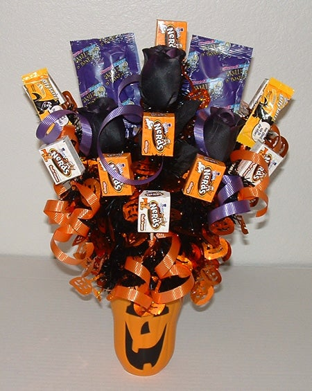 Halloween Decorations: Halloween Candy Bouquet